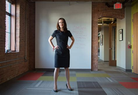 How to close the gender gap at work? Strike a pose - U