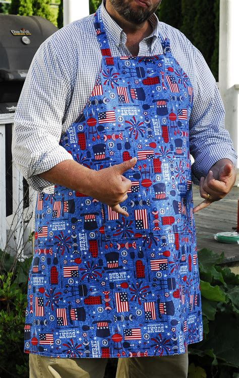 Reversible Apron - 2 aprons in one! Very easy to make, and