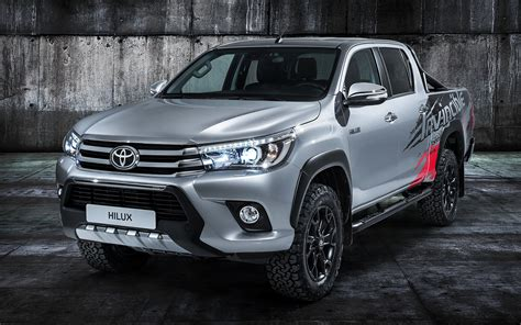 2017 Toyota Hilux Invincible 50 - Wallpapers and HD Images