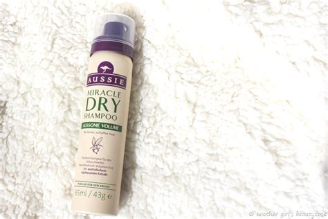 [Review] Aussie - Miracle Dry Shampoo Aussome Volume