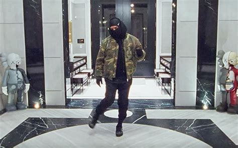 """Drake Drops Video For New Tik Tok Ready Song """"Toosie Slide"""